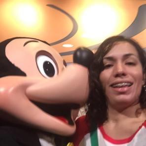 kiss mickey